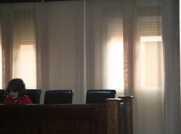 LECTURA DE POESÍAS POR NIÑ@S DEL IES JÁLAMA EN EL AYUNTAMIENTO