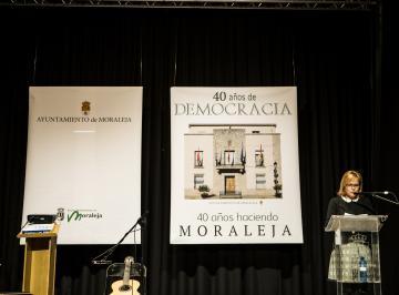 CUARENTA ANOS DE DEMOCRACIA