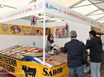 I FERIA GASTRONÓMICA TRANSFRONTERIZA ENCOMIEND@ Y ALFOMBRA ROJA ,MERCADO NAVIDEÑO