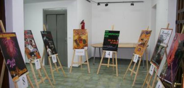 EXPOSICIÓN DE CARTELES PRESENTADOS PARA EL CONCURSO DEL CARTEL ANUNCIADOR S.B.V