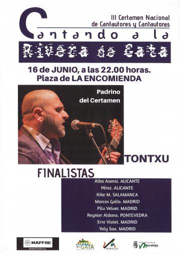 FINALISTAS DEL III CERTAMEN NACIONAL DE CANTAUTORES Y CANTAUTORAS CANTANDO A LA RIVERA DE GATA