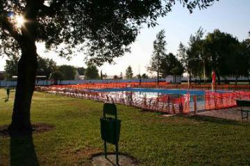 Se abren al publico las piscinas de Moraleja